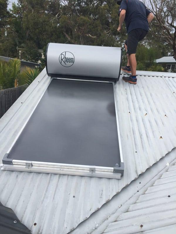 solar hot water for garden flat